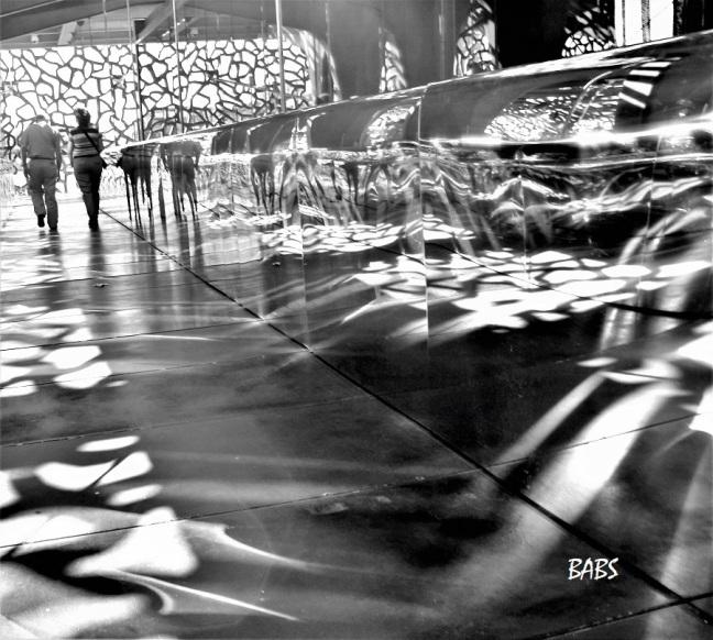 photo noir et blanc au musem de refletss